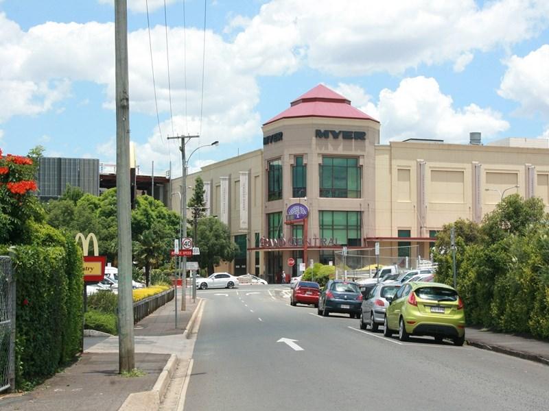 6B Station Street TOOWOOMBA CITY QLD 4350