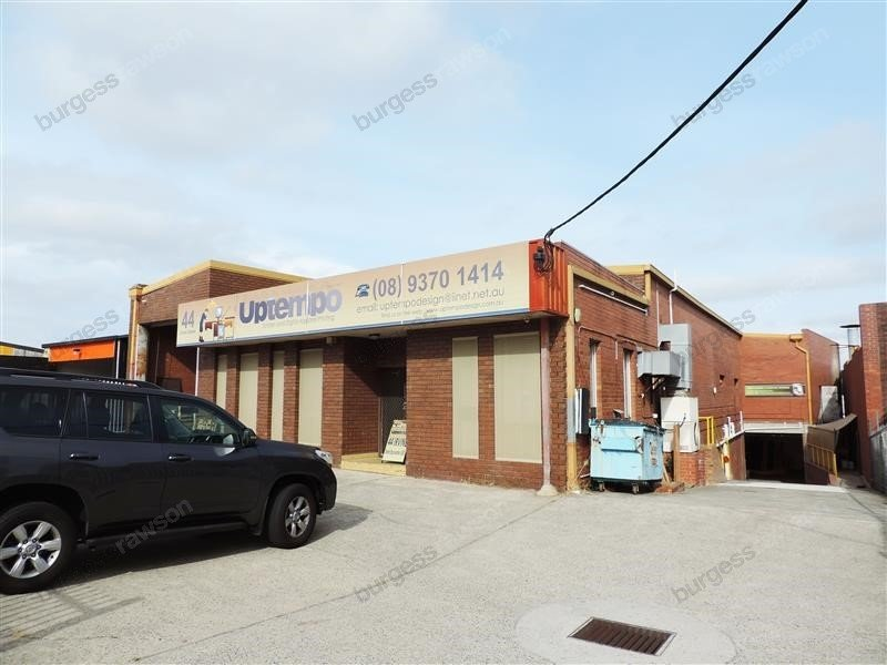 44 Irvine Street BAYSWATER WA 6053