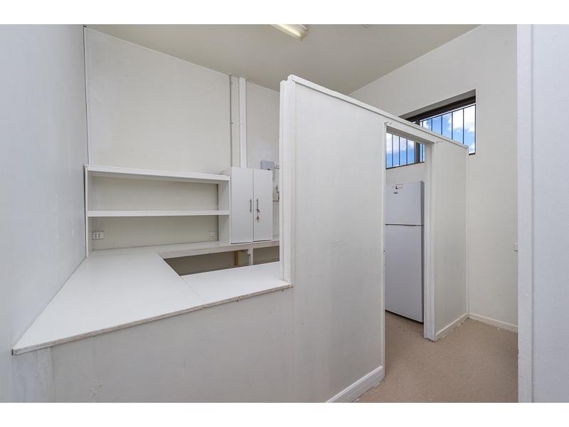 1 Robertso/17 Barrett Street ROBERTSON QLD 4109