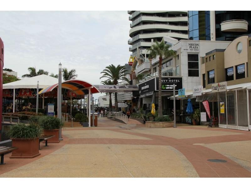 73 & 74/15 Victoria Avenue BROADBEACH QLD 4218