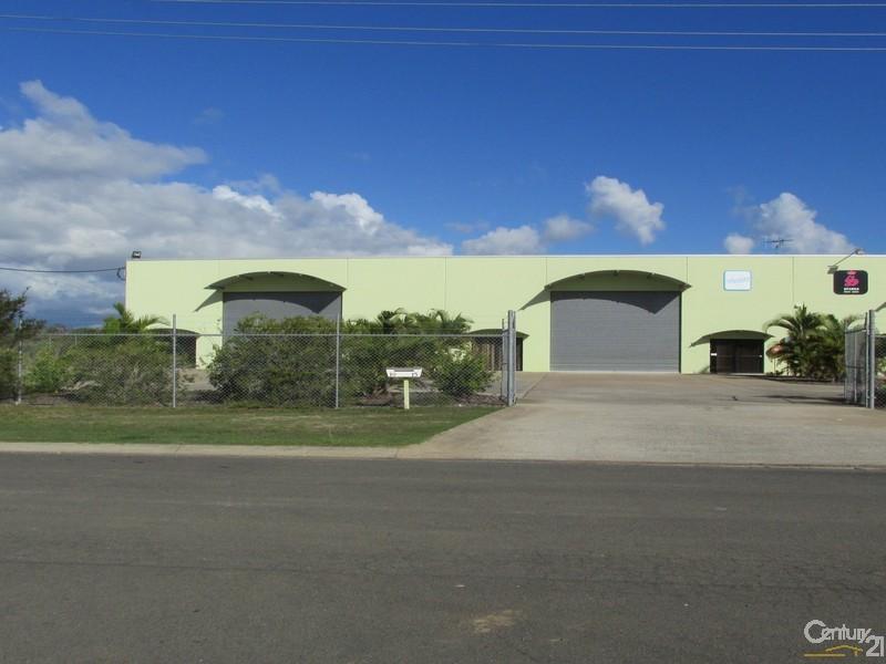 17-19 Driftwood Court URANGAN QLD 4655