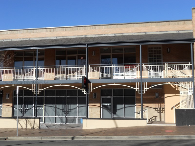 Upstairs/191 Beardy Street ARMIDALE NSW 2350