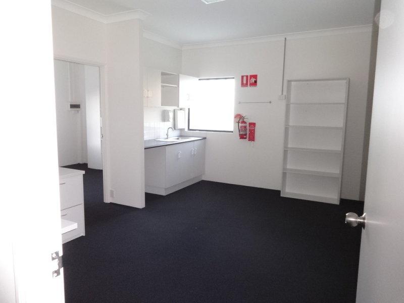 9/189 Ashmore Road BUNDALL QLD 4217