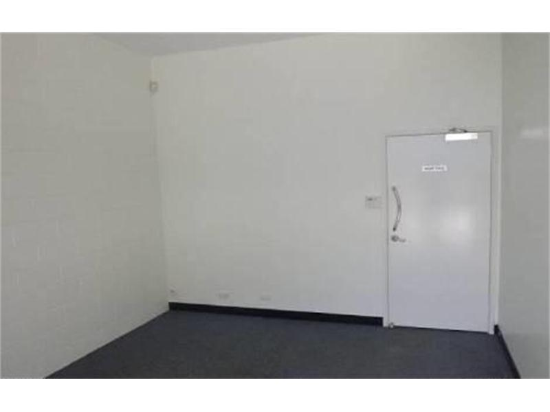 2/130 Kingston Road UNDERWOOD QLD 4119