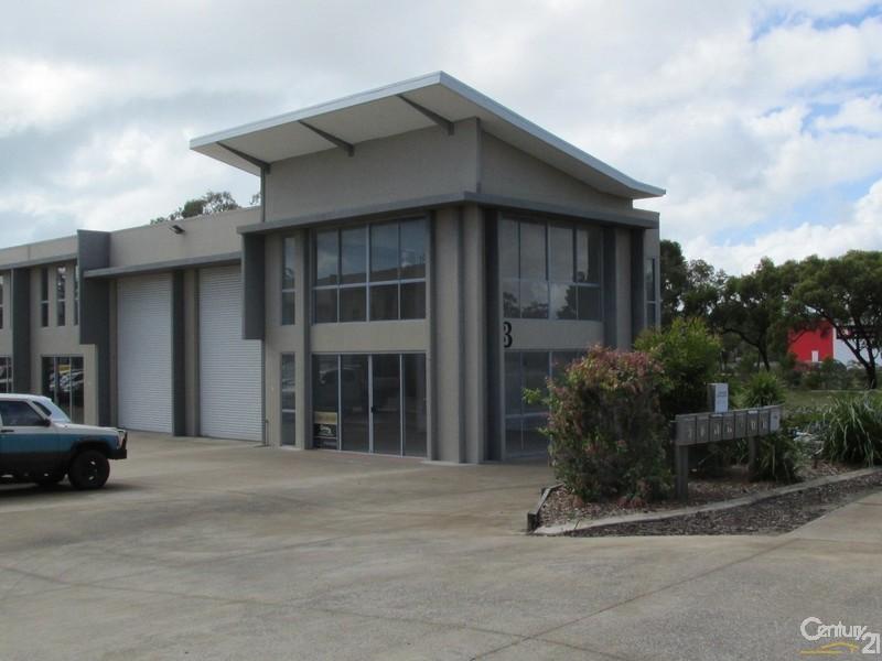 9/3 Southern Cross Circuit URANGAN QLD 4655