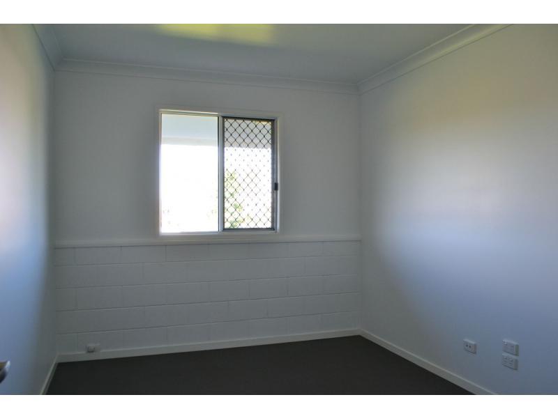 2 Northridge Road MOUNT ISA QLD 4825