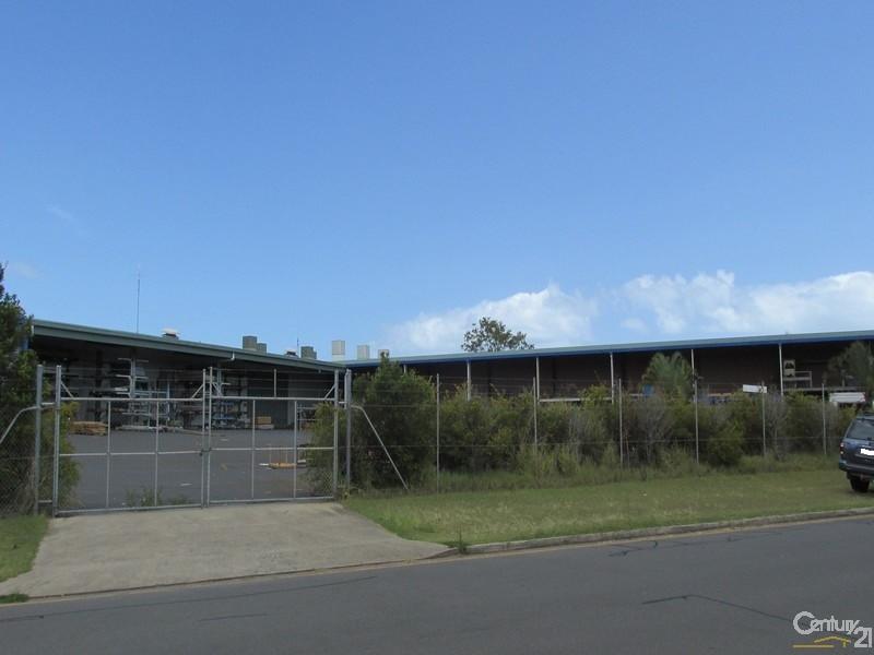 125 Old Maryborough Road HERVEY BAY QLD 4655