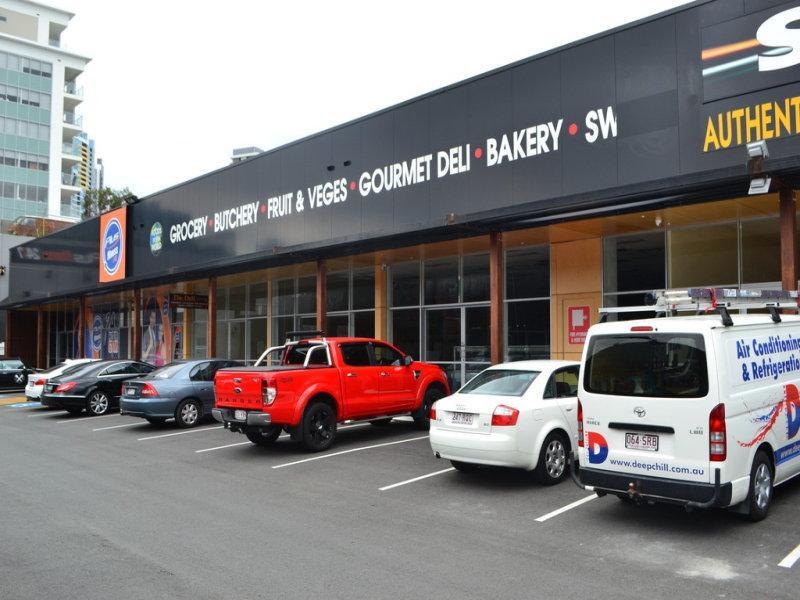 Shop 10/59 Meron Street SOUTHPORT QLD 4215