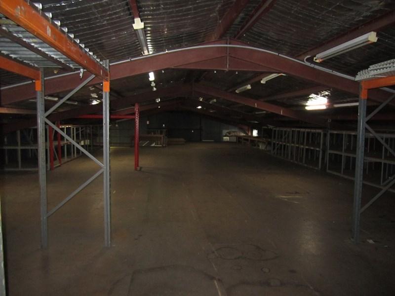 40 Medcalf Street WARNERS BAY NSW 2282