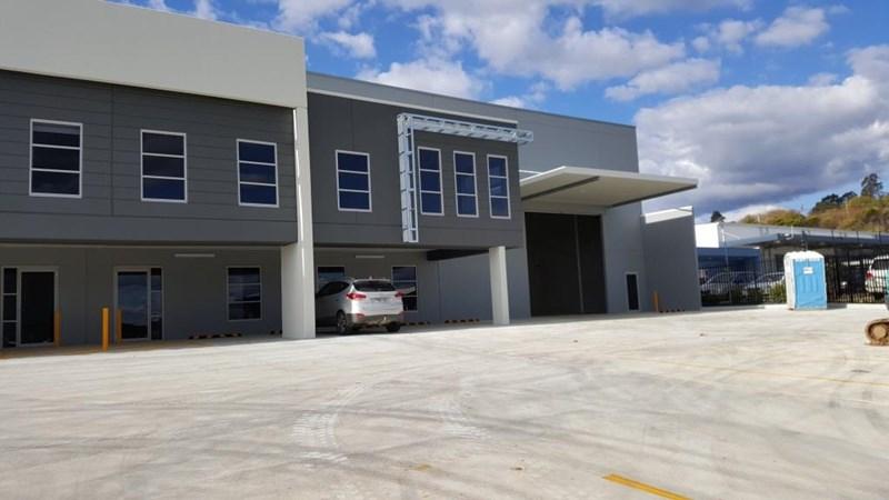 Unit 2/31 Waler Crescent SMEATON GRANGE NSW 2567