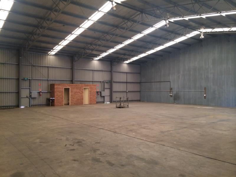 Shed 3 & 4/18 Leewood Drive ORANGE NSW 2800