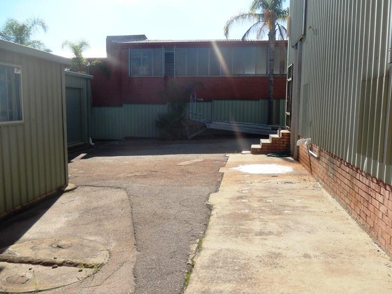 15 Sandra Place WELSHPOOL WA 6106