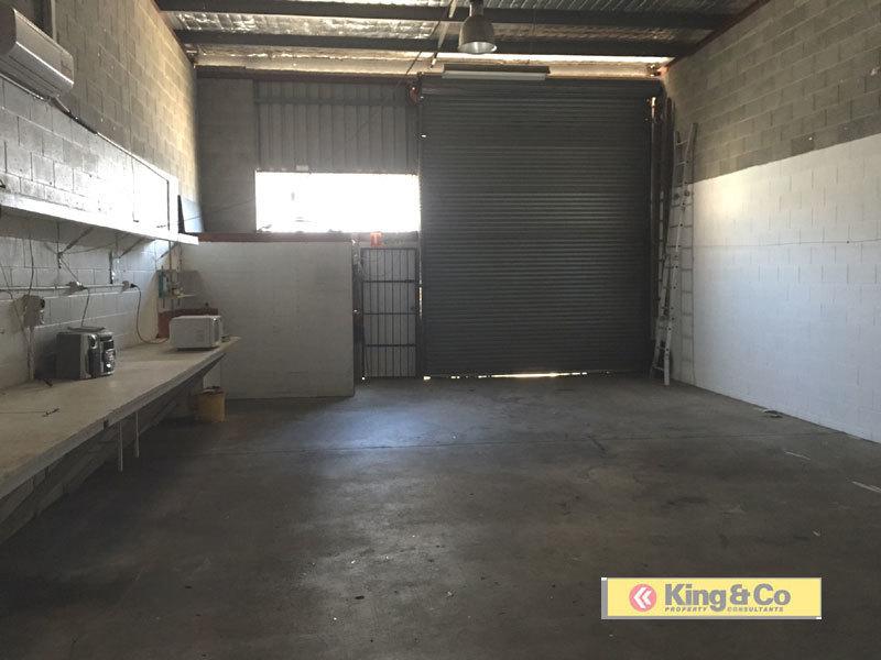 2/18 Spine Street SUMNER QLD 4074