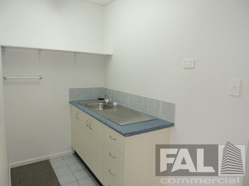Unit  4/1326 Boundary Road WACOL QLD 4076