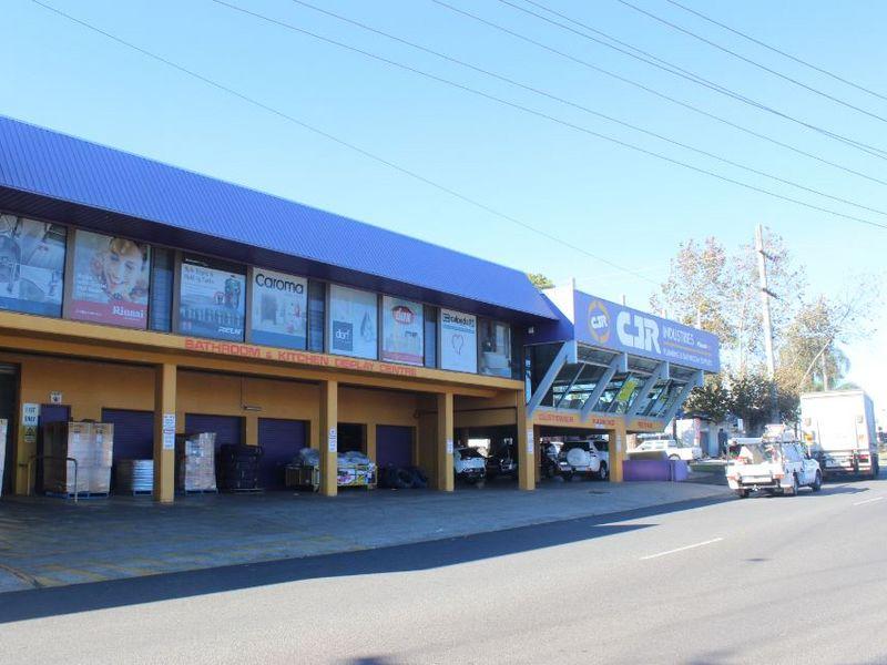 215 James Street SOUTH TOOWOOMBA QLD 4350