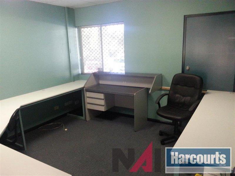 3/23 Dennis Road SPRINGWOOD QLD 4127