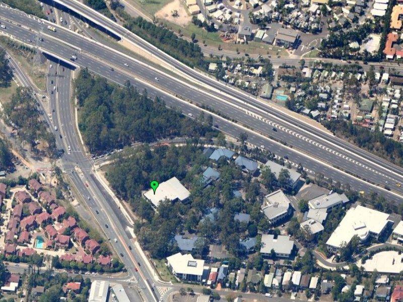 3/2404 Logan Road EIGHT MILE PLAINS QLD 4113