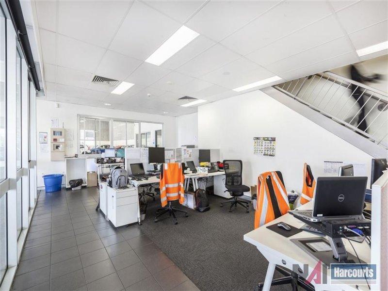 81 Ashmore Road BUNDALL QLD 4217