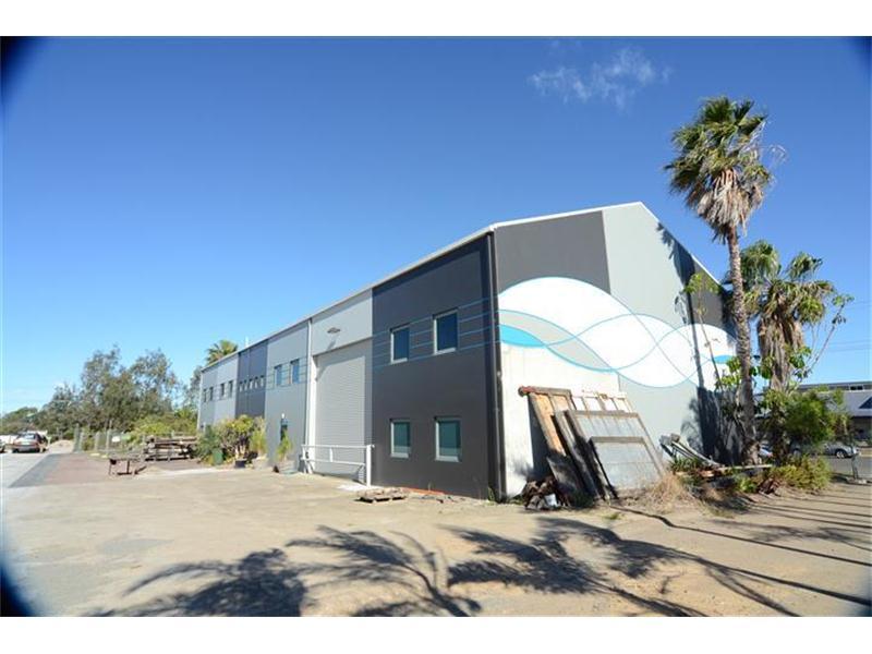 2 Seasands Drive REDHEAD NSW 2290
