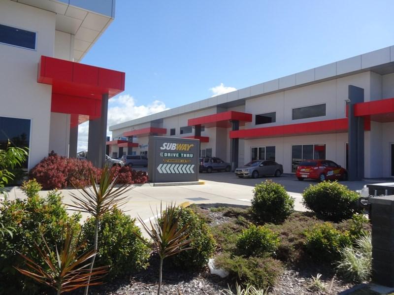 2/8 Centurion Drive PAGET QLD 4740