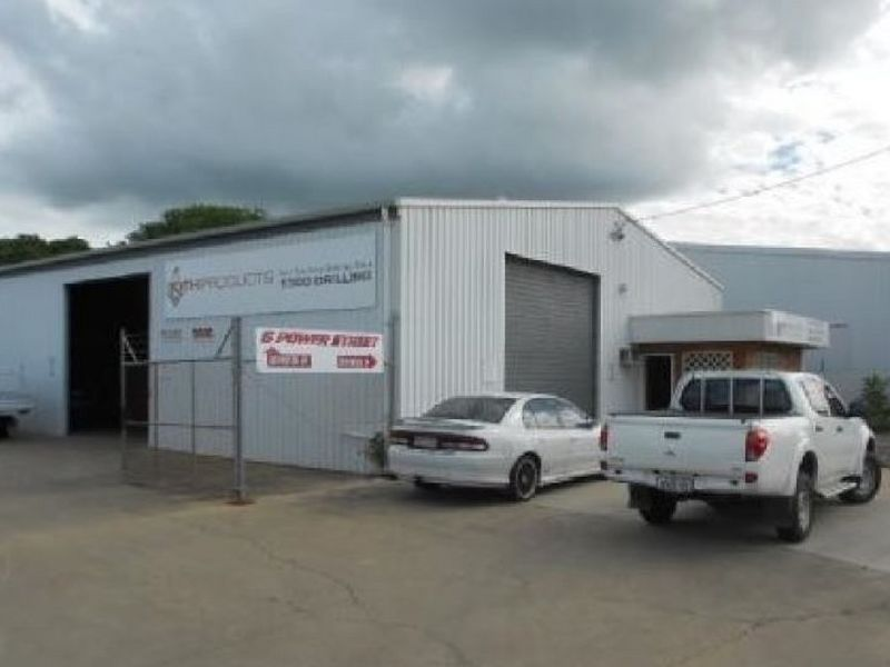 Shed 1/6 Power Street KAWANA QLD 4701
