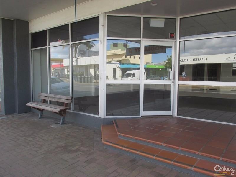 2/6 Torquay Road HERVEY BAY QLD 4655