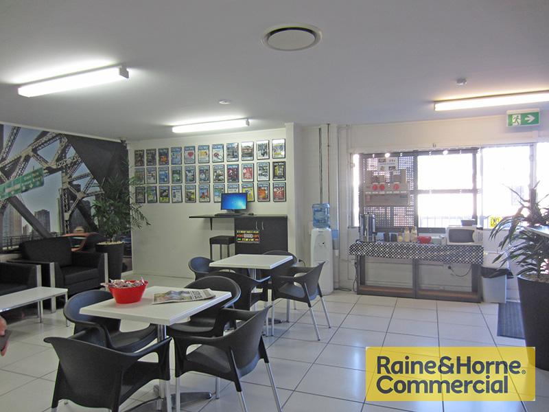 1/53 Montpelier Road BOWEN HILLS QLD 4006