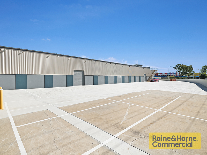 1/63 Factory Road OXLEY QLD 4075