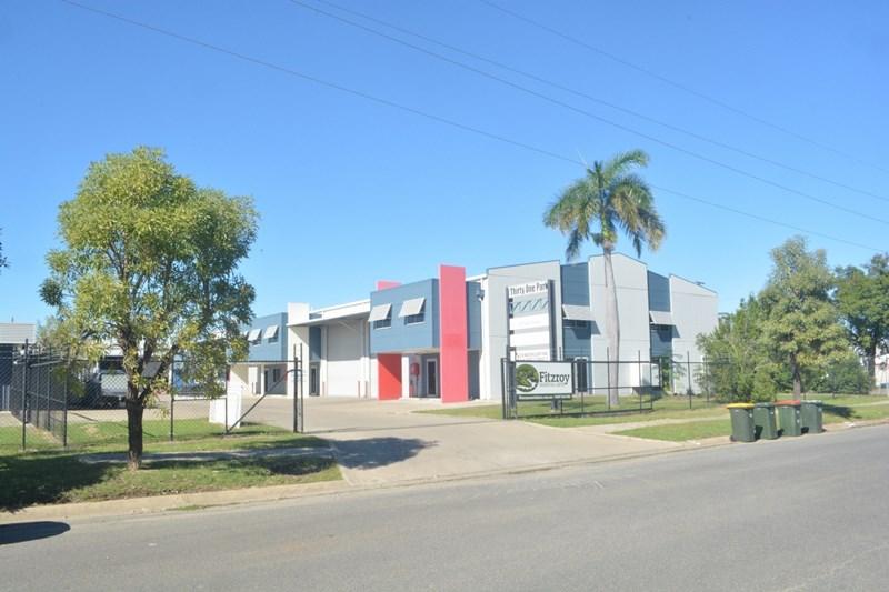 2 & 3a/31 Park Street PARK AVENUE QLD 4701