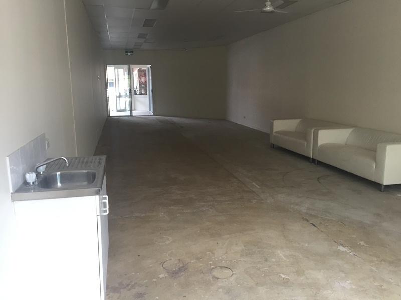 5/4 Maple Street MALENY QLD 4552