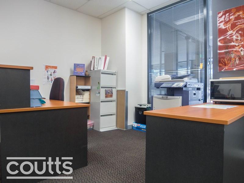 1.01 - DT/12-14 Solent Cct BAULKHAM HILLS NSW 2153