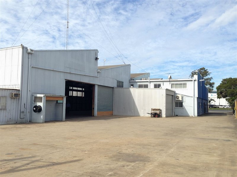 1086 Kingsford Smith Drive EAGLE FARM QLD 4009