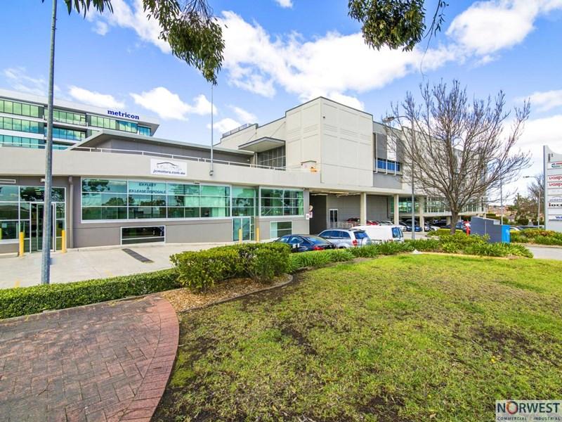 2/1 Celebration Drive BELLA VISTA NSW 2153