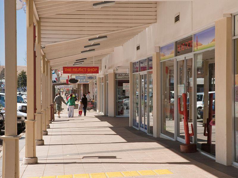8/114 Sharp Street COOMA NSW 2630