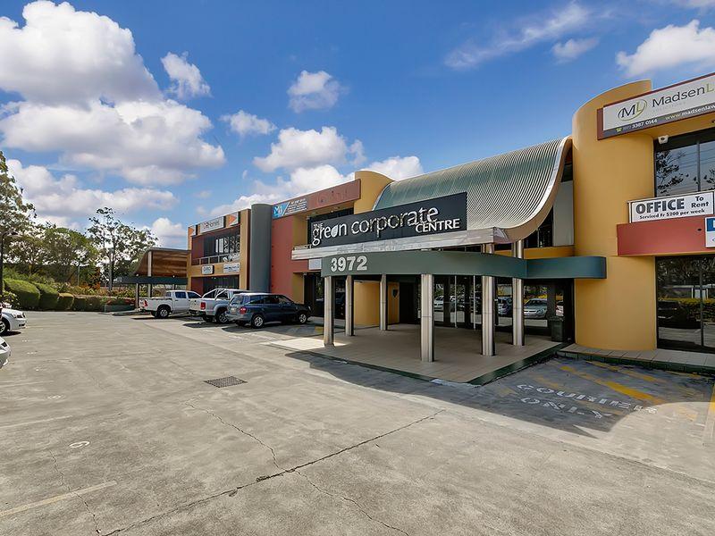 2/3972 Pacific Highway LOGANHOLME QLD 4129