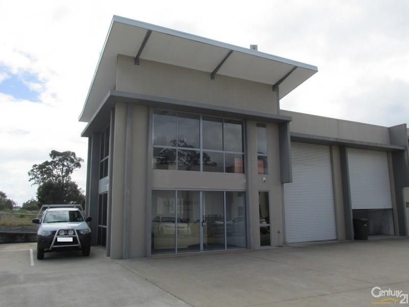 1/3 Southern Cross Circuit HERVEY BAY QLD 4655