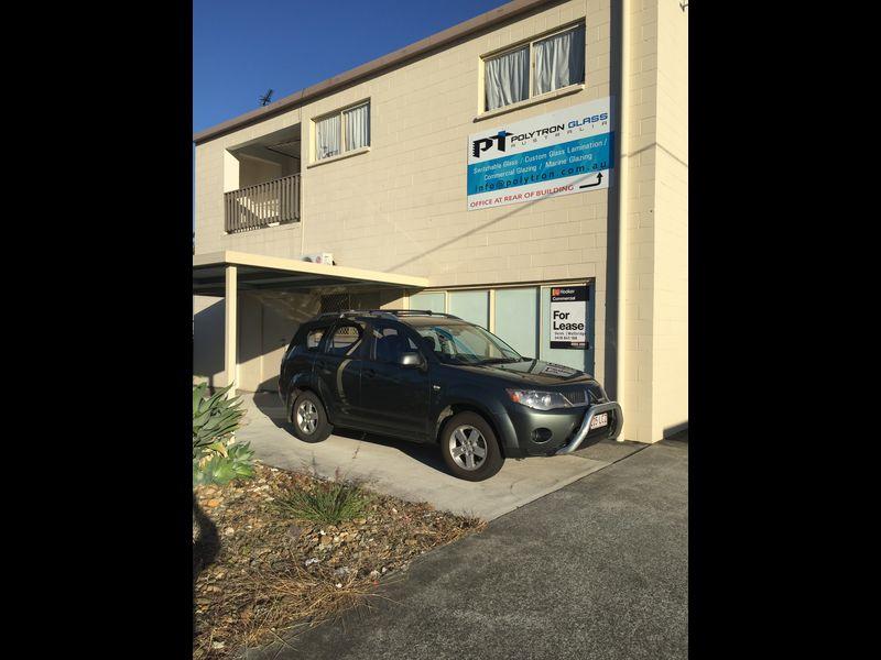 1/14 Barnett Place MOLENDINAR QLD 4214