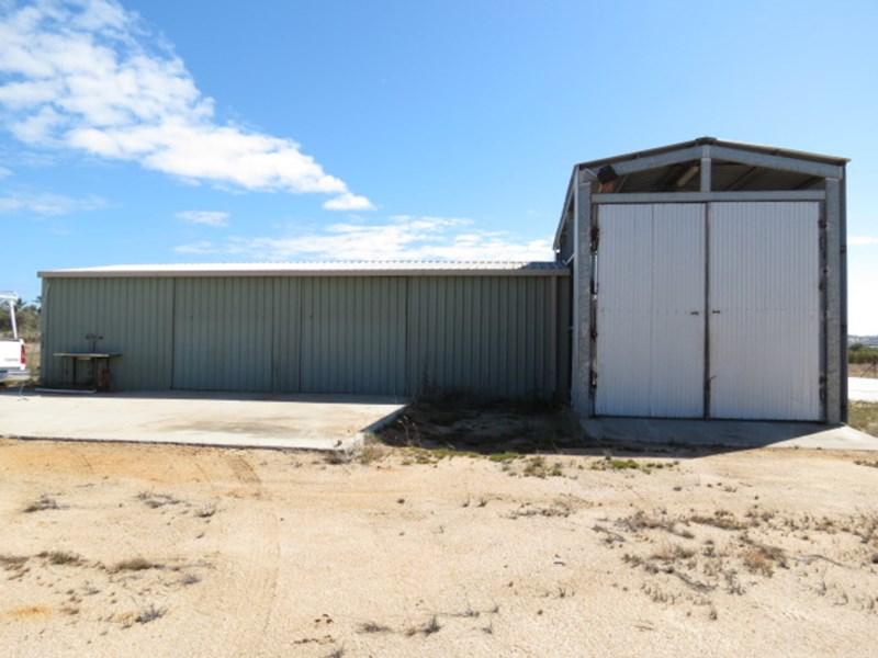 18498 Bruce Highway BOWEN QLD 4805