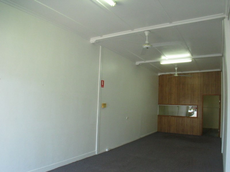 3/39 Powell Street BOWEN QLD 4805