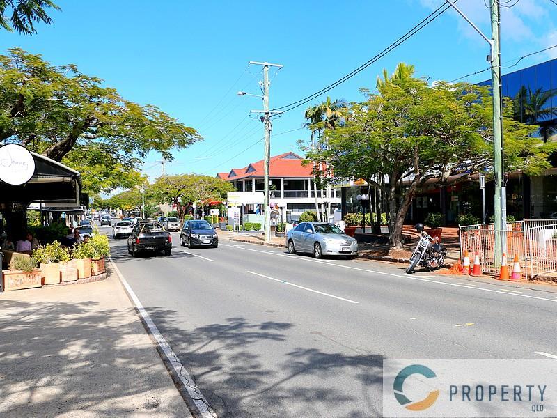 145 Racecourse Road HAMILTON QLD 4007