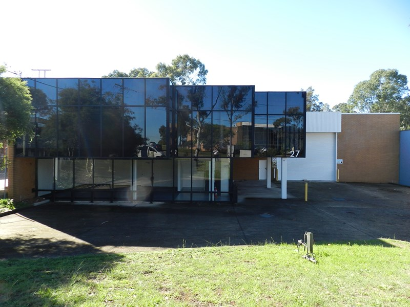 27 Prince William Drive SEVEN HILLS NSW 2147