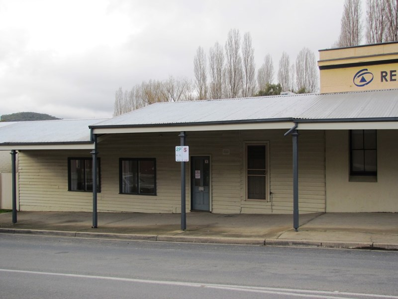 8A Camp Street BEECHWORTH VIC 3747
