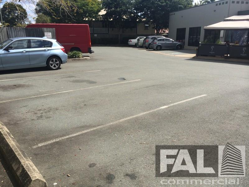 Shop  2/409 Honour Avenue GRACEVILLE QLD 4075