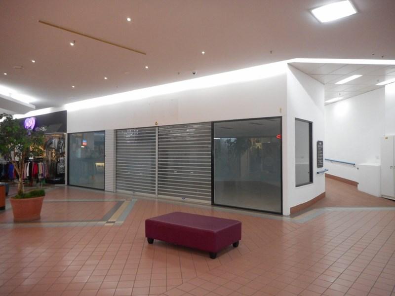 Shop 170 Gladstone Park Shopping Centre GLADSTONE PARK VIC 3043