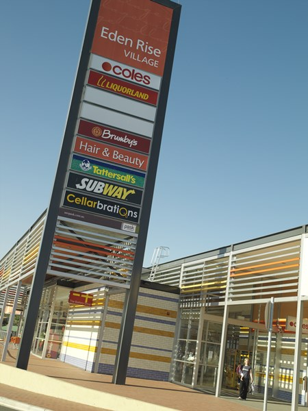 Shop 18 1 O'Shea Road BERWICK VIC 3806