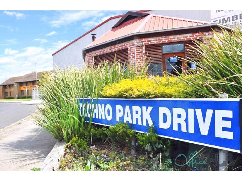 10/4 Techno Park Drive WILLIAMSTOWN VIC 3016