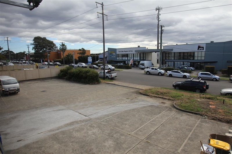 26 Monro Avenue KIRRAWEE NSW 2232