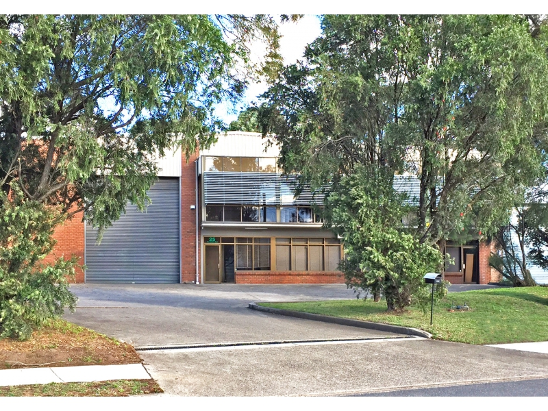 25 Foundry Road SEVEN HILLS NSW 2147
