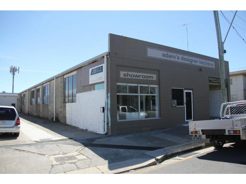 15 Christine Avenue BURLEIGH HEADS QLD 4220
