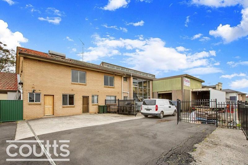 62 Windsor Rd CASTLE HILL NSW 2154
